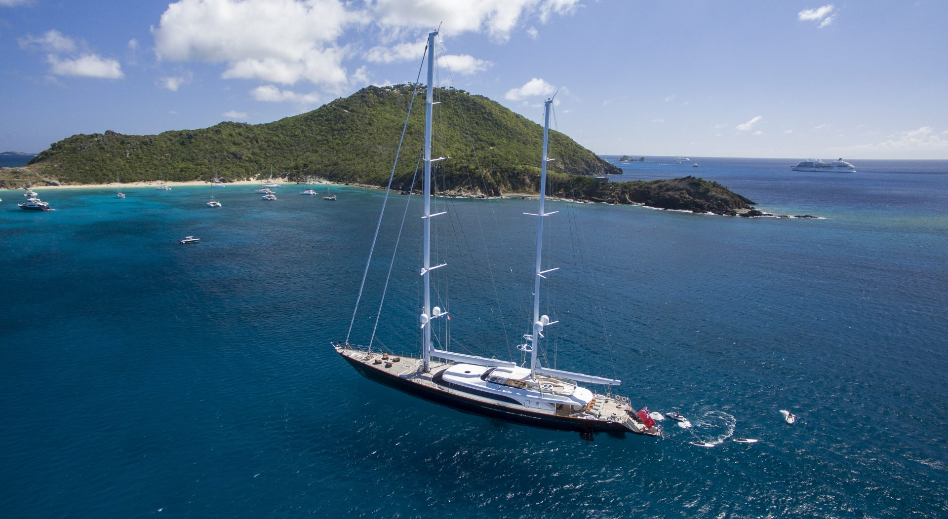 Superyacht Panthalassa for charter